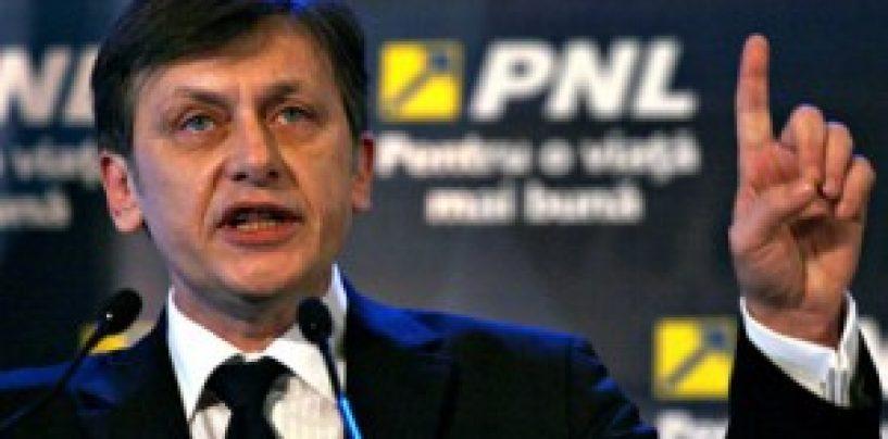 Crin Antonescu anunță că va PNL va face alianță cu orice partid de dreapta