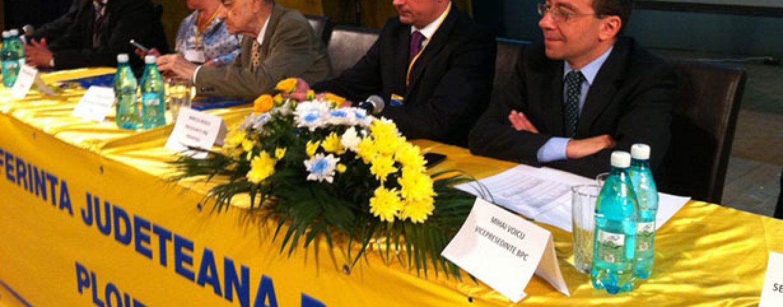A inceput revolutia in PNL: La Prahova, lideri ai partidului refuza fuziunea cu PDL