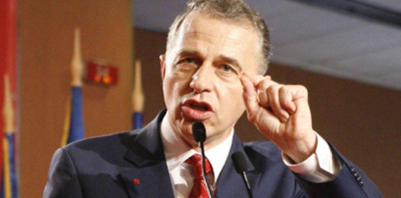 Mircea Geoana anunta ca nu va mai candida la prezidentiale. El il va sustine pe Ponta