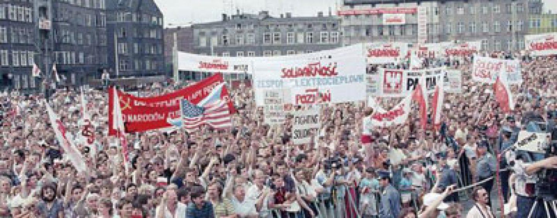 Polonia: Ziua Libertăţii – 25 de ani de la căderea comunismului