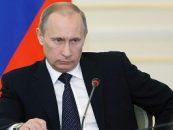 Vladimir Putin i-a decorat pe voluntariiI care au ajutat la anexarea Crimeei
