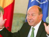 Traian Basescu recomanda infiintarea unor depozite pentru recolta de fructe din Republica Moldova