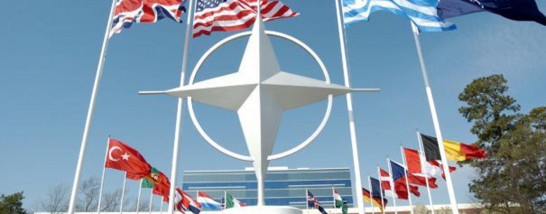NATO va instala noi baze militare in Estul Europei, printre care si Romania