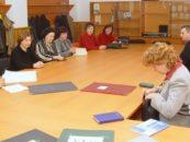 Profesorii vor primi câte 150 euro de fiecare din bani UE