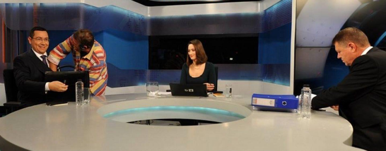 Victor Ponta s-a adresat telespectatorilor, Klaus Iohannis s-a uitat pe pereţi