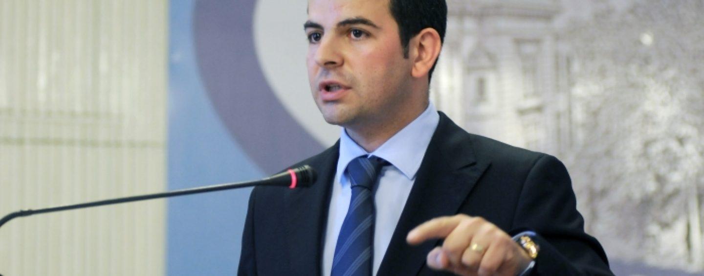 Vicepremierul Daniel Constantin atrage atentia asupra blocarii votului in strainatate