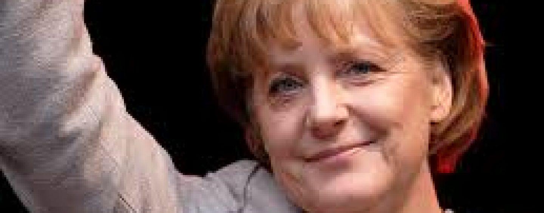 Angela Merkel catre Klaus Iohannis: Vom sprijini Romania  cu sfaturi si fapte