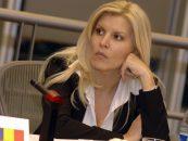 Elena Udrea ii da in gat pe fostii colegi din PMP: De ce nu-i cheama la DNA pe Blaga, Berceanu, Anastase?