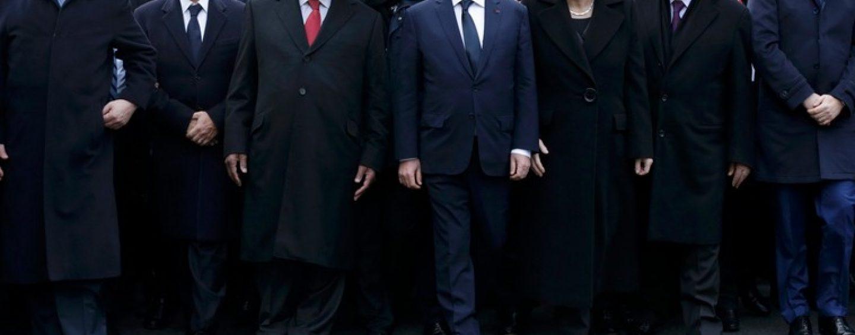 Benjamin Netanyahu a venit nepoftit la manifestatiile de la Paris. Ca raspuns, Franta l-a chemat pe Mahmoud Abbas