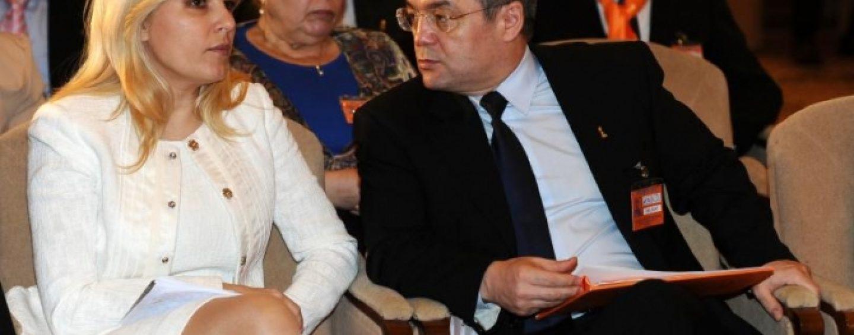 Elena Udrea i-a facut o vizita fulger lui Emil Boc, inainte de a ajunge in puscarie. I-o fi promis tacerea?