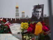 Inmormantarea lui Boris Nemtov se desfasoara sub auspiciile unei cenzuri atente a Kremlinului