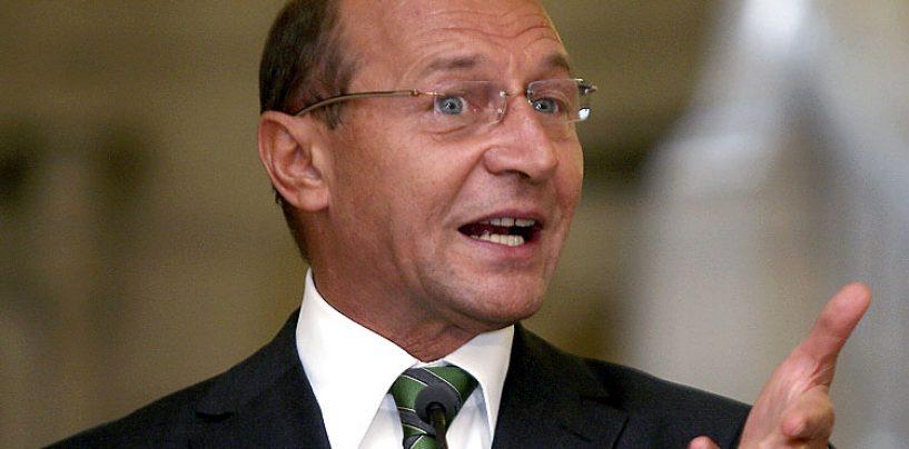 Traian Basescu: Calin Popescu Tariceanu trebuie sa ajunga urgent in fata justitiei. Este o sluga a lui Victor Ponta