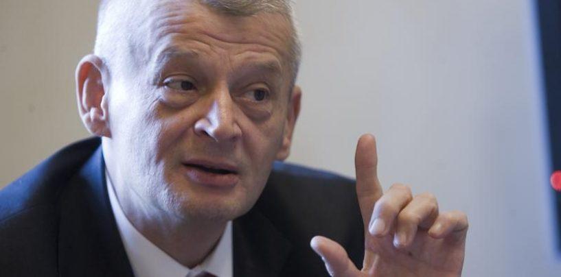 Consilier al primarului Sorin Oprescu, saltat de procurorii DNA pentru luare de mita
