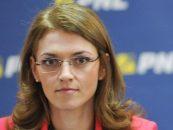 Alina Gorghiu (PNL): De cateva zile sunt urmarita in trafic de masini particulare