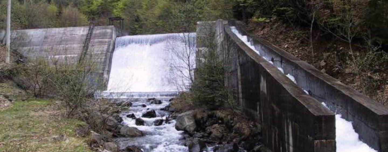 Din afacerile bisericii: Arhiepiscopia Argesului  a cumparat o microhidrocentrala de la Hidroelectrica