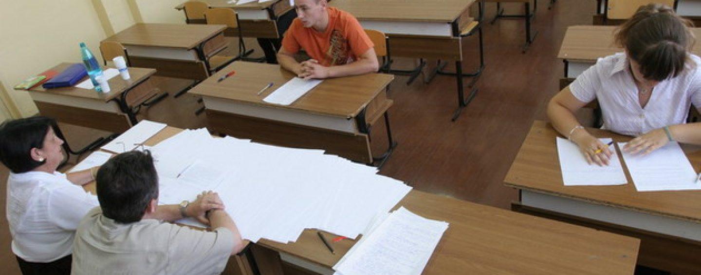 Scoala incotro? 500 000 de elevi nu au luat bacul in ultimii ani. Ce facem cu ei?
