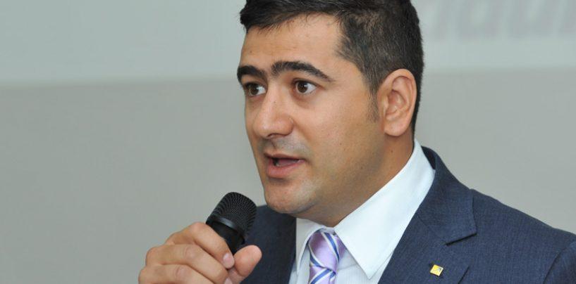 Dan Cristian Popescu (PNL): In masina lui Gabriel Oprea se afla si o consiliera suspect de apropiata