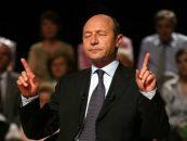 Traian Basescu a fost sunat de 1000 de persoane in numai 24 de ore. Oare ce i-au spus fostului presedinte?