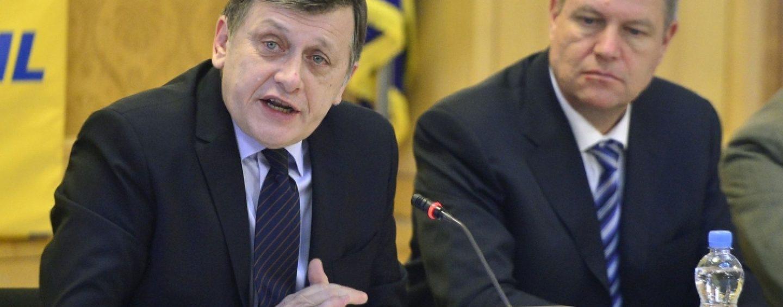 Crin Antonescu despre Klaus Iohannis: Primul an de mandat al presedintelui a fost sub asteptari