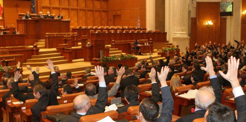 Deputatul Ioan Oltean, bun de dus in arest. Colegii din Parlament i-au ridicat imunitatea. In schimb, Catalin Teodorescu a scapat