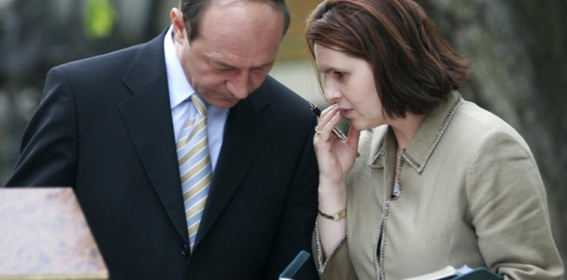 Santajul lui Traian Basescu la adresa Adrianei Saftoiu: Am avut niste interceptari telefonice. Institutiile mi le-au pus la dispozitie
