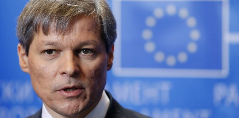 Premierul Dacian Ciolos a demis, astazi, prefectii unor judete