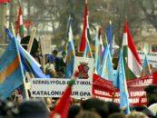 Sfidare. Fără autorizaţie de la primărie, 4.000 de secui, în marş prin Târgu Mureş