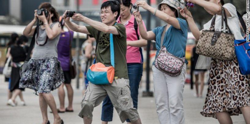 Chinezii care viziteaza Romania  vor obtine vize prin agentii de turism. Durata maxima : 7 zile