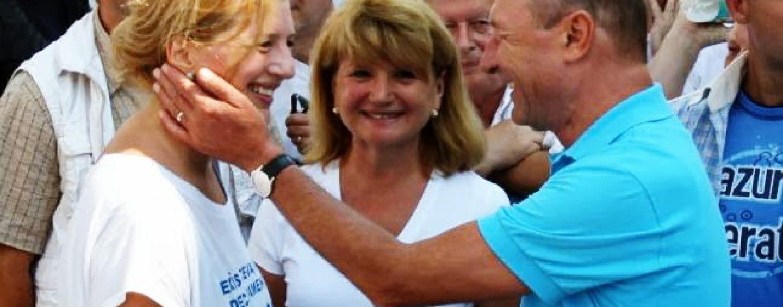 Apelul lui Traian Basescu: Nu mai cumparati lapte Zuzu, ca isi face reclama la Antena 3