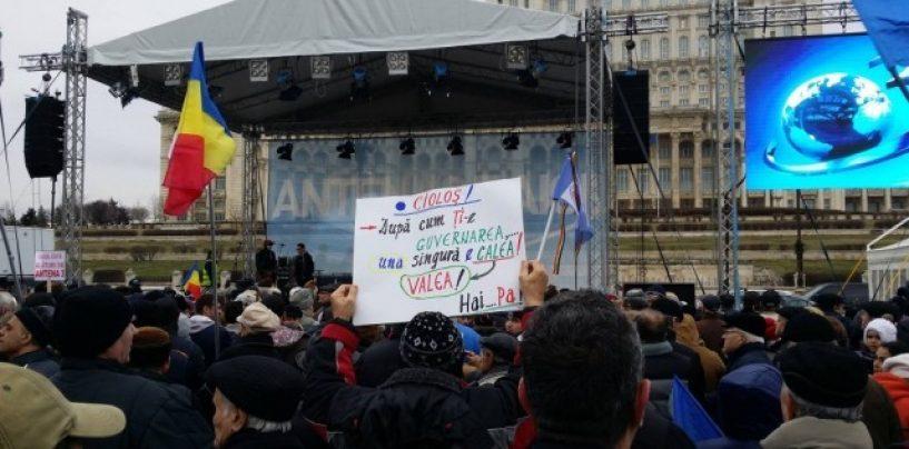 Câteva mii de persoane au fost prezente la mitingul Antenelor
