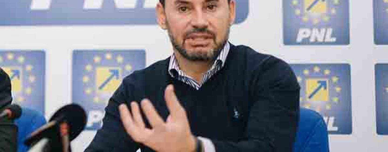 Aradul este prea mic pentru politicianul Gheorghe Falca