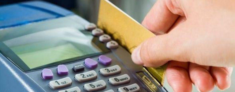 Românii îşi vor putea plăti cu cardul taxele şi impozitele la bugetul de stat şi la bugetele locale