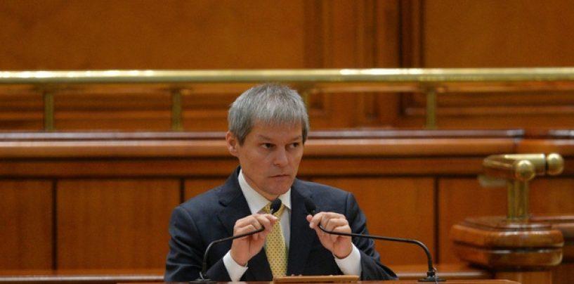 Cioloş, chemat din nou în Parlament. El trebuie să dea explicaţii în legătură cu schimbarea prefecţilor