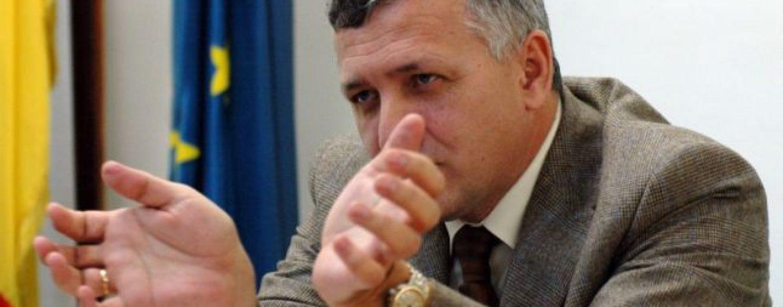 Greu de înlocuit. Preşedintele ANAF nu vrea să demisioneze şi spune că aşteaptă să fie demis