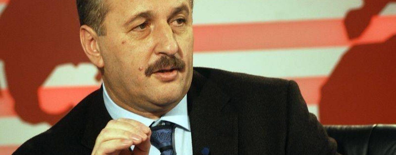 Vicepremierul Vasile Dancu: De ce sa scoatem de tot scrierile din puscarie? Din contra, poate descoperim chiar si pictori, si sculptori