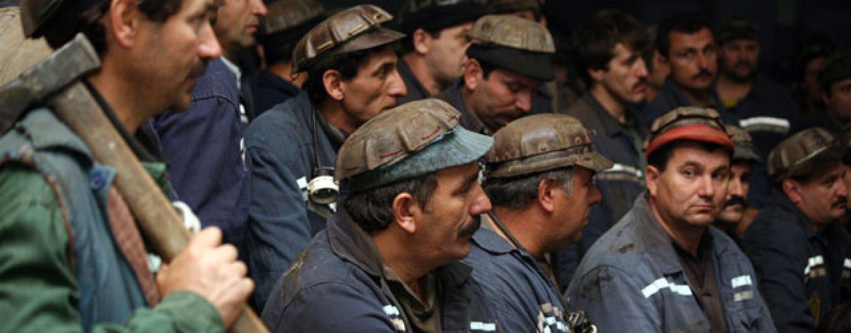Protest. În jur de 300 de mineri s-au blocat în subteran, la Lonea