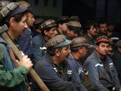 Minerii de la Vulcan au încetat protestul, cei de la Lonea îl continuă