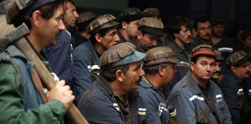 Tensiune în creştere la mina Lonea. 17 ortaci, în greva foamei, în jur de 300 s-au blocat în subteran