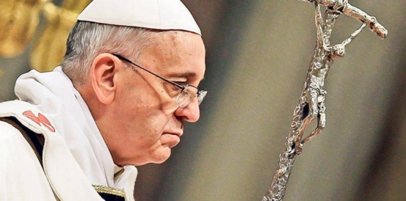 Papa se va ruga, în Mexic, în faţa unei cruci şi a unor pantofi abandonaţi la graniţa cu SUA