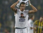 Fotbal şi politică. Un jucător rus a afişat un tricou cu Putin la un meci în Turcia