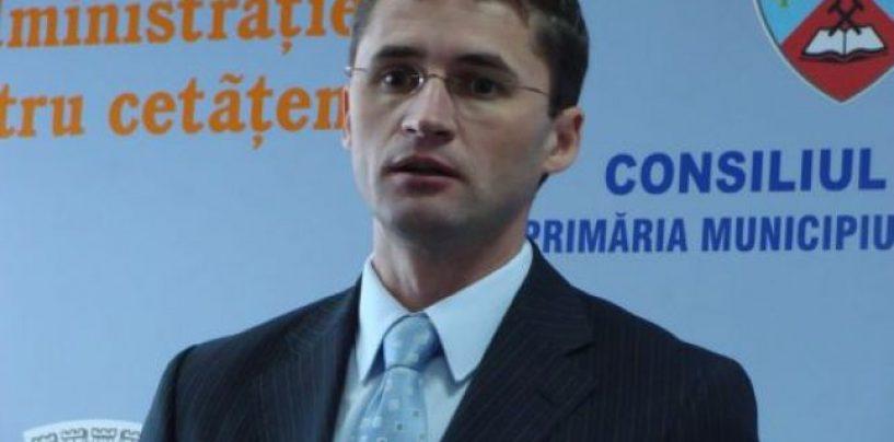 Adio UNPR. Primarul din Petroşani, Tiberiu Iacob-Ridzi, va candida pentru un nou mandat din partea PNL