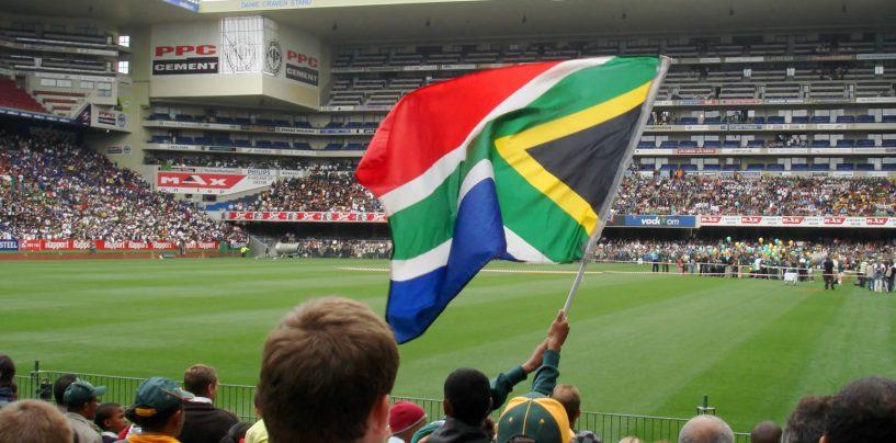 Rugby şi pumni. Bătaie intre protestatari negri şi albi la un meci din Africa de Sud
