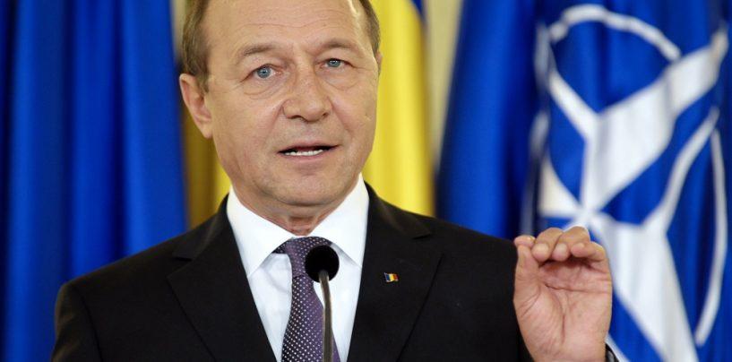 Traian Basescu: S-a creat un nou tandem, Mafie-DNA. Delatorii scapa de puscarie si raman cu banii