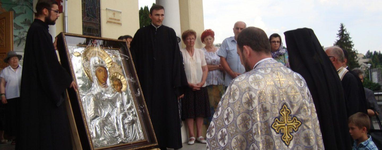 Icoana Maicii Domnului de la Catedrala Mitropolitană din Cluj a fost adusă la Biserica Icoanei din Bucureşti