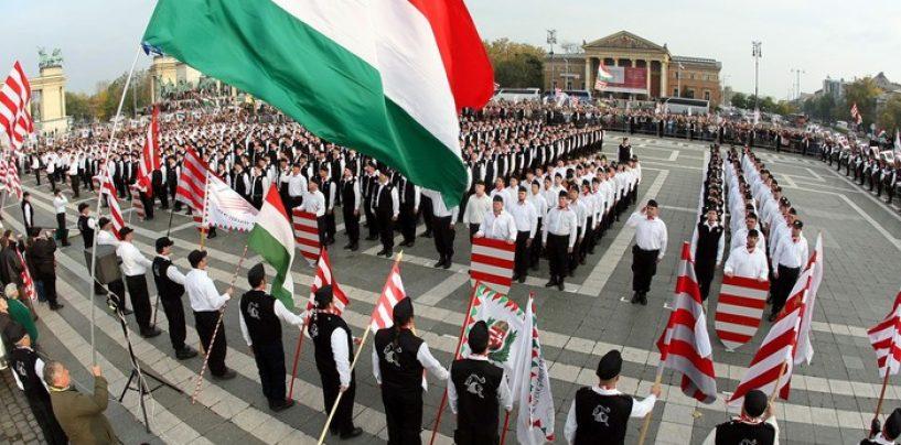 PRU cere interzicerea pe teritoriul României a liderilor Jobbik