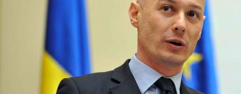 E de bine, e de rău? România ar putea fi pregătită pentru introducerea euro peste aproximativ 10 ani, spune Olteanu