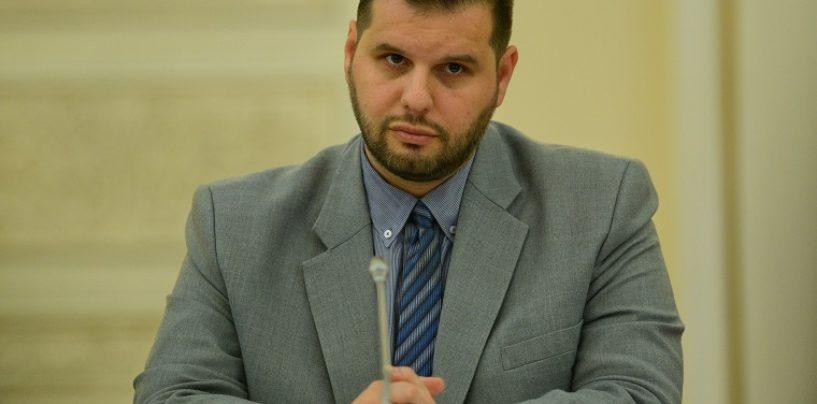 Ministrul pentru relaţia cu românii de pretutindeni, apostrofat şi huiduit în Italia