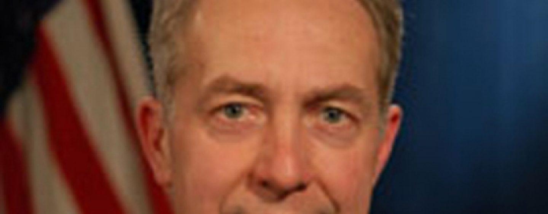 Ambasadorul Hans Klemm: Ridicarea vizelor pentru romani catre SUA, nu mai devreme de 2017