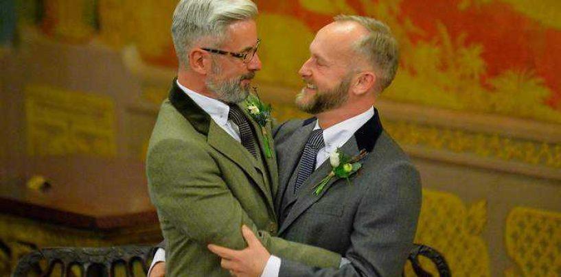Proiect de lege: 3 milioane de semnaturi pentru interzicerea casatoriilor gay