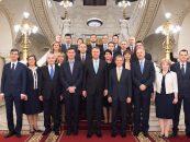 Succes al Guvernului Cioloș în fața Parlamentului: pensiile aleșilor locali sunt neconstituționale